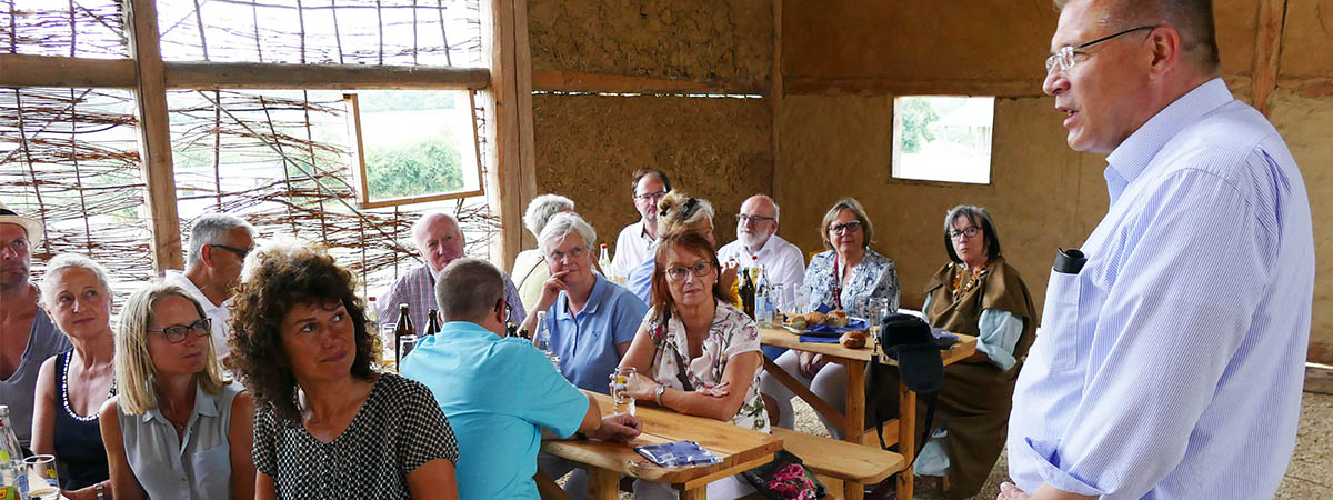 Die Welt der Kelten- Teilnehmer an Tischen
